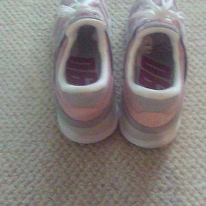 New Balance Shoes - 💞💞X-90 New Balance 🔥🔥